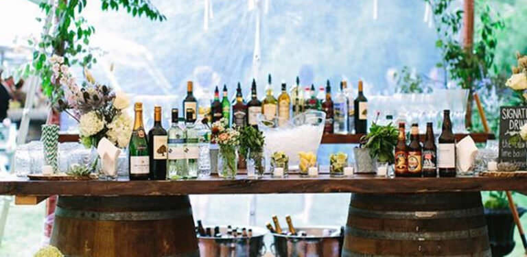 How to Hire a Wedding Bar:   Top Tips from Our Bartenders