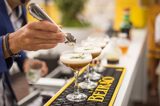 UK Top 10 Cocktails - Best Cocktails